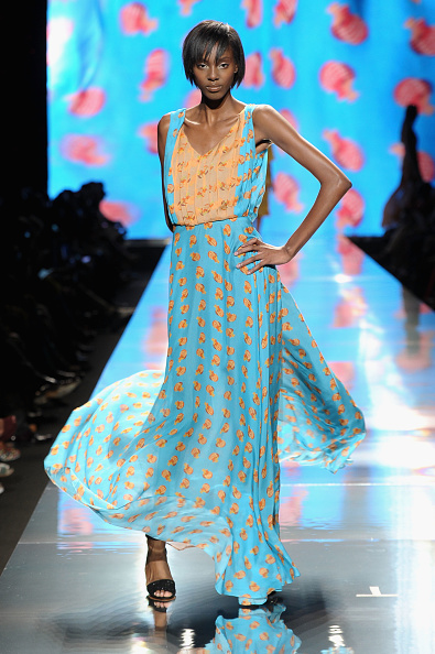 Two-Toned Dress「MBFW Spring 2013 - Official Coverage - Best Of Runway Day 1」:写真・画像(2)[壁紙.com]
