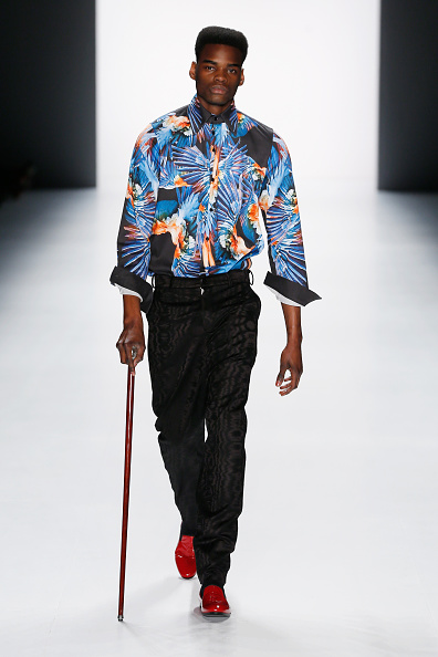 Shirt「Rike Feurstein Show - Mercedes-Benz Fashion Week Berlin Autumn/Winter 2015/16」:写真・画像(19)[壁紙.com]