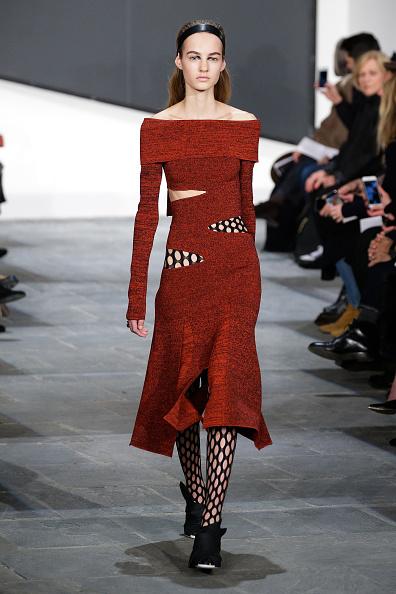 Cut Out Clothing「Proenza Schouler - Runway - Mercedes-Benz Fashion Week Fall 2015」:写真・画像(1)[壁紙.com]