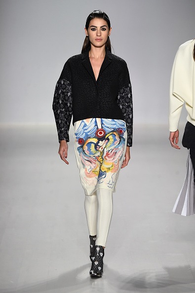 The Salon - Lincoln Center「Oudifu- Runway - Mercedes-Benz Fashion Week Fall 2015」:写真・画像(10)[壁紙.com]