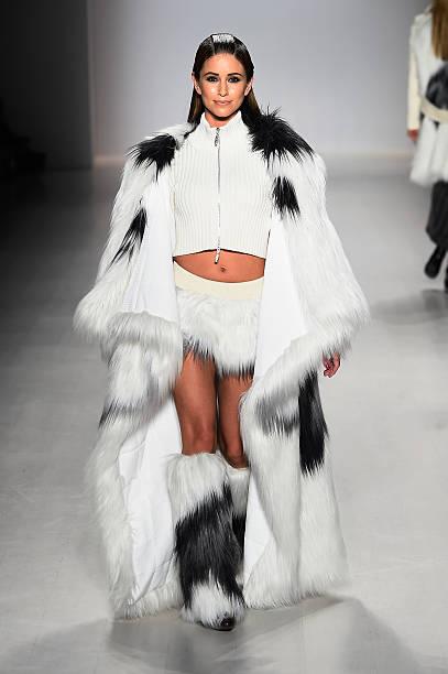 Oudifu- Runway - Mercedes-Benz Fashion Week Fall 2015:ニュース(壁紙.com)