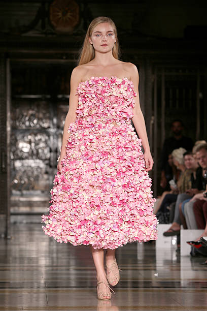 Zeynep Kartal: Runway - London Fashion Week SS15:ニュース(壁紙.com)
