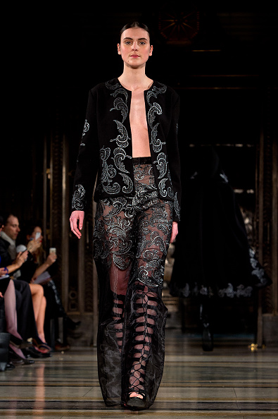 London Fashion Week「Zeynep Kartal - Runway - LFW FW15」:写真・画像(4)[壁紙.com]