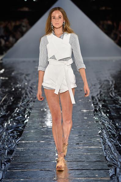 Beige「Watson X Watson - Runway - Mercedes-Benz Fashion Week Australia 2015」:写真・画像(1)[壁紙.com]