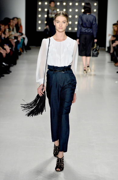 Blouse「Mercedes-Benz Fashion Week Fall 2014 - Official Coverage - Best Of Runway Day 5」:写真・画像(8)[壁紙.com]
