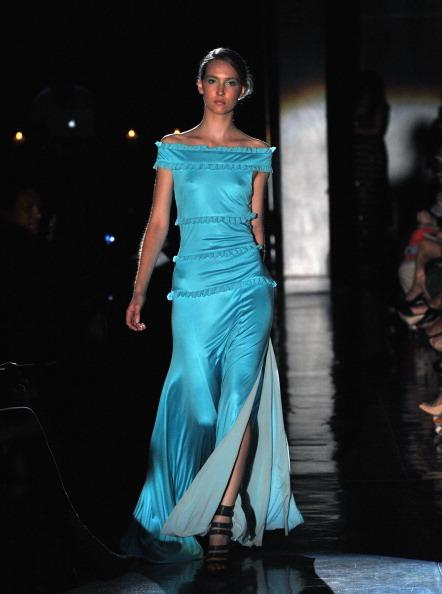 Spring Collection「Raul Penaranda - Runway - Spring 2012 Mercedes-Benz Fashion Week」:写真・画像(13)[壁紙.com]