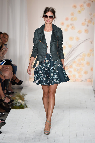 A-Line「LC Lauren Conrad - Runway - Spring 2016 New York Fashion Week」:写真・画像(4)[壁紙.com]