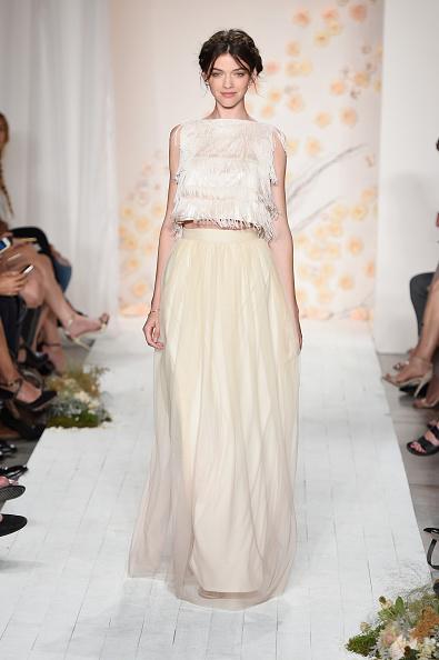 Sleeveless「LC Lauren Conrad - Runway - Spring 2016 New York Fashion Week」:写真・画像(17)[壁紙.com]