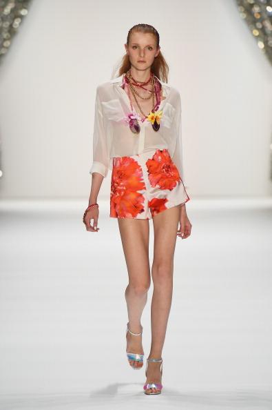 Half Up Do「Marc Cain Show - Mercedes-Benz Fashion Week Spring/Summer 2015」:写真・画像(18)[壁紙.com]