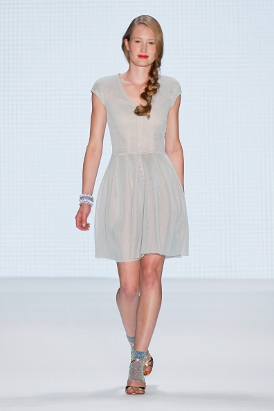 Baby Doll Dress「Marc Cain Show - Mercedes-Benz Fashion Week Spring/Summer 2014」:写真・画像(0)[壁紙.com]
