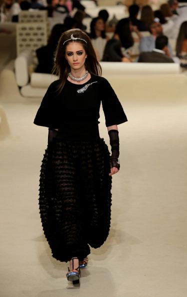Francois Nel「Chanel Cruise 2014/2015 Collection - Runway」:写真・画像(6)[壁紙.com]
