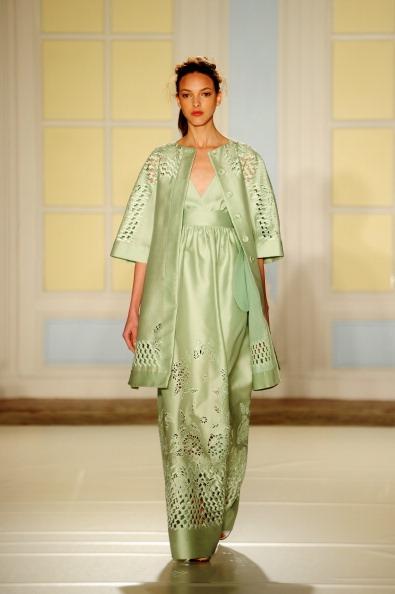 Stuart C「Temperley London - Runway: London Fashion Week SS14」:写真・画像(4)[壁紙.com]