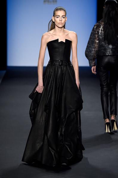 Frazer Harrison「August Getty - Runway - Mercedes-Benz Fashion Week Fall 2015」:写真・画像(0)[壁紙.com]
