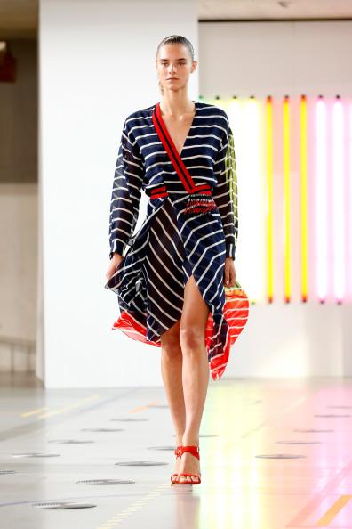 Striped Dress「Preen By Thornton Bregazzi: Runway - London Fashion Week SS15」:写真・画像(13)[壁紙.com]
