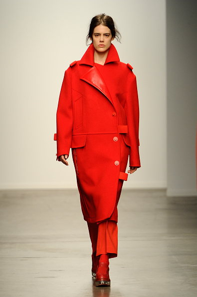 Red Coat「Kaal E. Suktae  - Runway - Mercedes-Benz Fashion Week Fall 2015」:写真・画像(11)[壁紙.com]