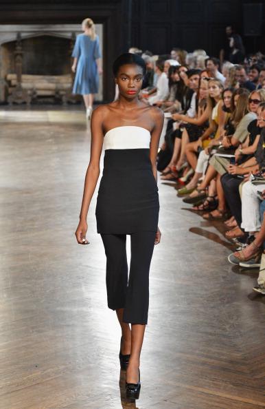 Cropped Pants「Giulietta - Runway - Mercedes-Benz Fashion Week Spring 2014」:写真・画像(2)[壁紙.com]