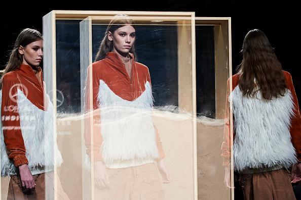 Mercedes Benz Madrid Fashion Week「Beatriz Penalver - Catwalk - Mercedes Benz Fashion Week Madrid Autumn/Winter 2019-20」:写真・画像(8)[壁紙.com]
