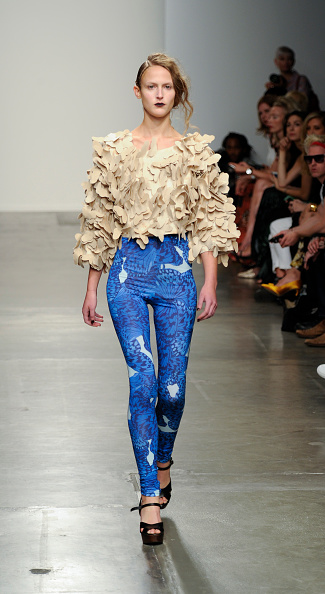 Skinny Pants「Ivana Helsinki - Runway - Mercedes-Benz Fashion Week Spring 2014」:写真・画像(5)[壁紙.com]