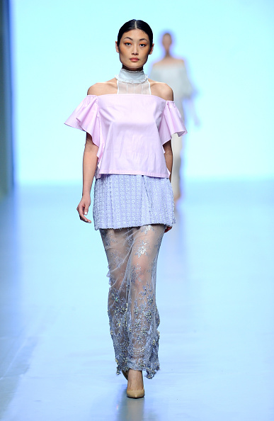 Dubai Fashion Week「Madiyah Al Sharqi - Runway - Fashion Forward Dubai October 2014」:写真・画像(11)[壁紙.com]