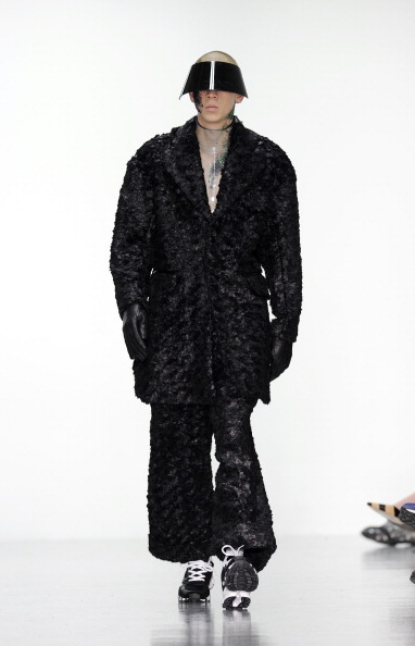 Black Coat「Kay Kwok Presented By GQ China: Runway - London Collections: Men AW14」:写真・画像(1)[壁紙.com]