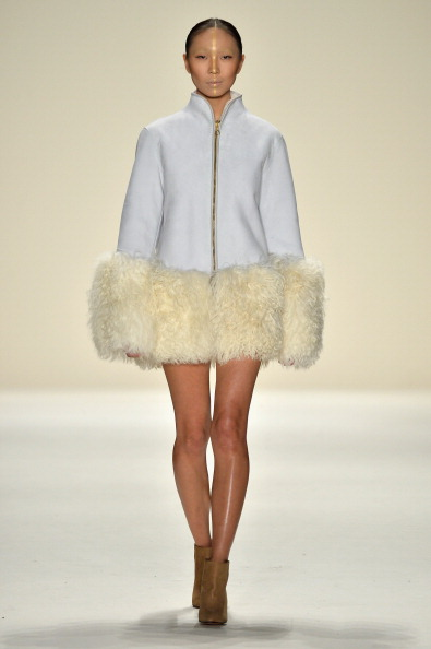 Brown Boot「Katya Zol - Runway - Mercedes-Benz Fashion Week Fall 2014」:写真・画像(7)[壁紙.com]