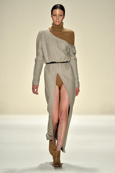 Brown Boot「Katya Zol - Runway - Mercedes-Benz Fashion Week Fall 2014」:写真・画像(12)[壁紙.com]