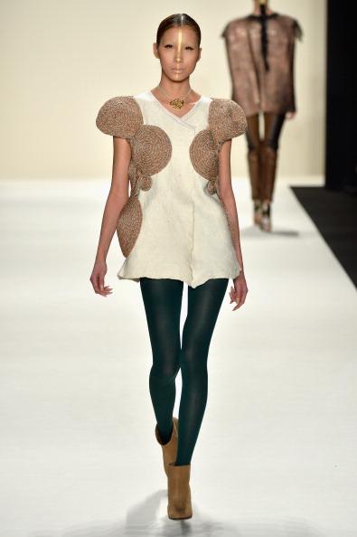 Brown Boot「Katya Zol - Runway - Mercedes-Benz Fashion Week Fall 2014」:写真・画像(6)[壁紙.com]