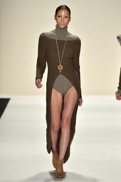 Brown Boot「Katya Zol - Runway - Mercedes-Benz Fashion Week Fall 2014」:写真・画像(11)[壁紙.com]