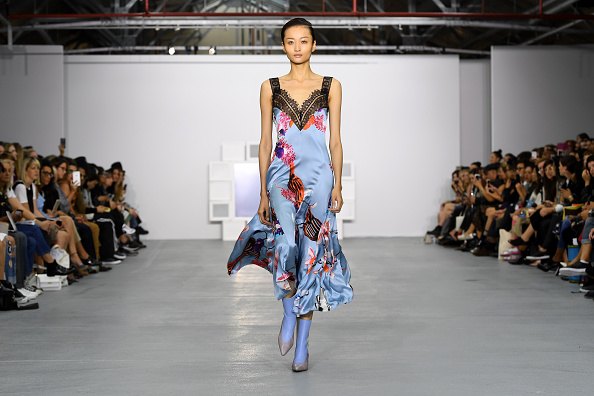 London Fashion Week「Teatum Jones - Runway - LFW September 2016」:写真・画像(12)[壁紙.com]