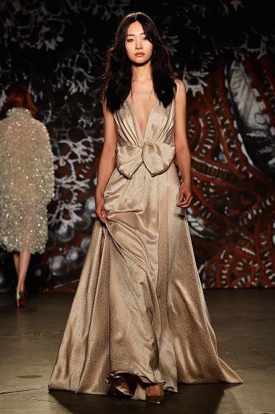 Ready To Wear「Jenny Packham - Runway - Mercedes-Benz Fashion Week Fall 2015」:写真・画像(14)[壁紙.com]