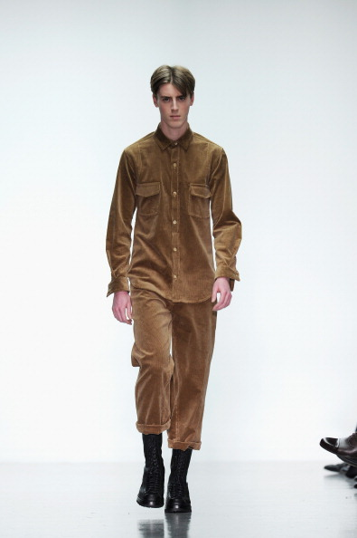 Leather Boot「Lou Dalton: Runway - London Collections: Men AW14」:写真・画像(5)[壁紙.com]