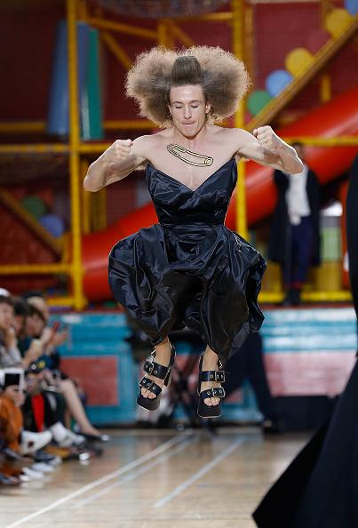 ロンドンファッションウィーク「Vivienne Westwood - Runway - LFWM June 2017」:写真・画像(11)[壁紙.com]