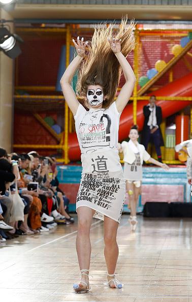 ロンドンファッションウィーク「Vivienne Westwood - Runway - LFWM June 2017」:写真・画像(6)[壁紙.com]