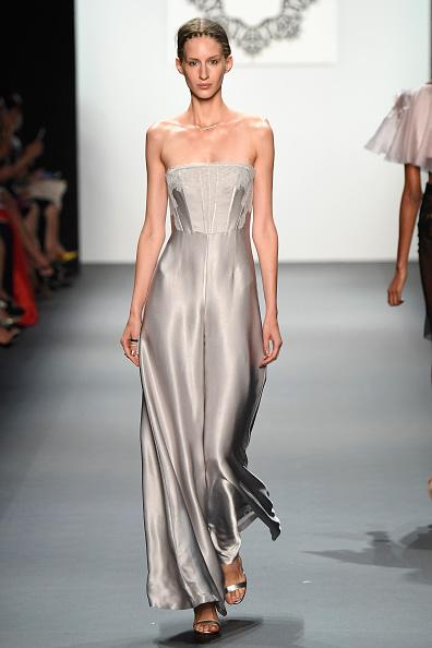 Skylight Studios「Lanyu - Runway - September 2016 - New York Fashion Week: The Shows」:写真・画像(12)[壁紙.com]