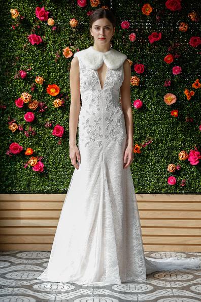 Peter Pan collar「Kenra Professional For Lela Rose Bridal Fashion Week F/W '17」:写真・画像(0)[壁紙.com]
