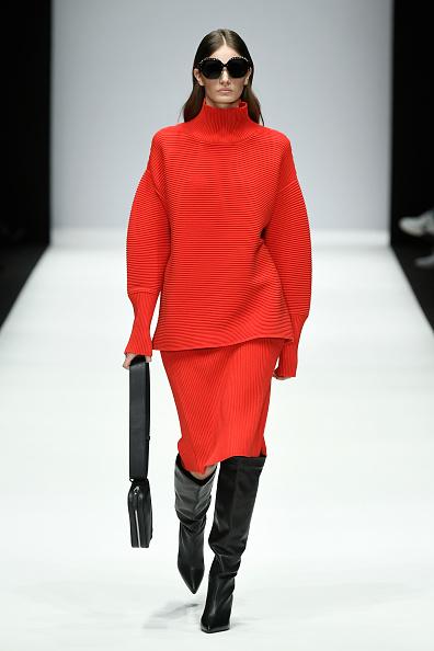 Sweater「Riani - Show - Berlin Fashion Week Autumn/Winter 2019」:写真・画像(0)[壁紙.com]