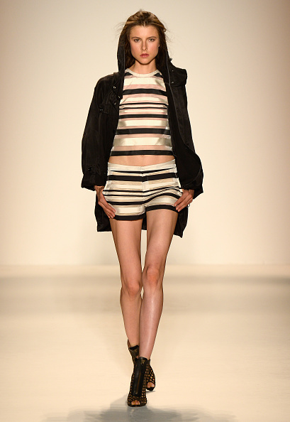 Striped Shorts「Rachel Zoe - Runway - Mercedes-Benz Fashion Week Spring 2014」:写真・画像(6)[壁紙.com]