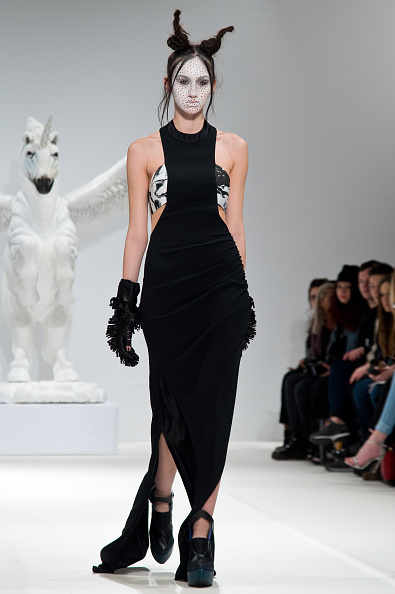 London Fashion Week「Dora Abodi - Runway - LFW FW15」:写真・画像(1)[壁紙.com]