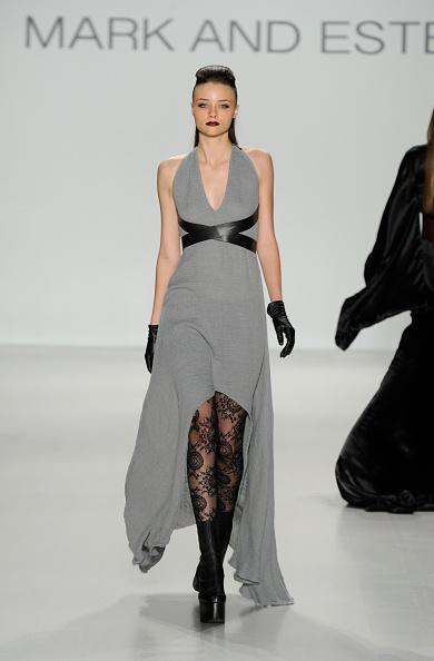 Black Shoe「Mark And Estel - Runway - Mercedes-Benz Fashion Week Fall 2014」:写真・画像(17)[壁紙.com]