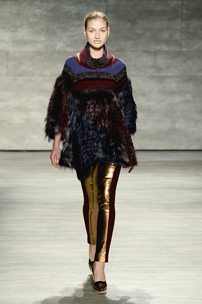 Three Quarter Length Sleeve「Mercedes-Benz Fashion Week Fall 2014 - Official Coverage - Best Of Runway Day 3」:写真・画像(16)[壁紙.com]
