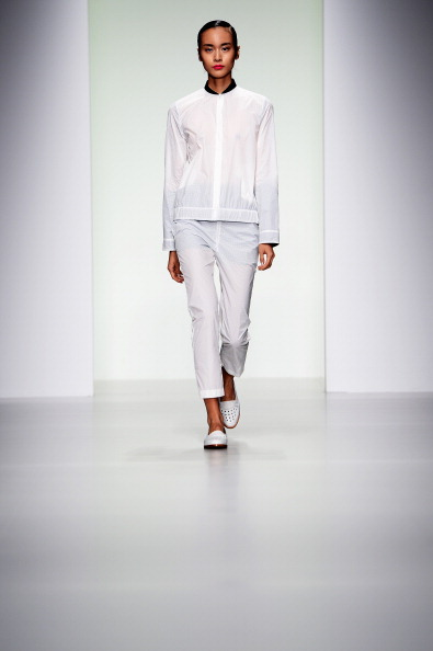 Ian Gavan「J. JS Lee - Runway: London Fashion Week SS14」:写真・画像(5)[壁紙.com]