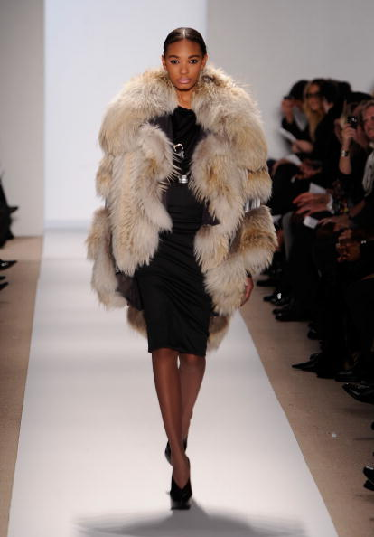 Bryant Park「Mercedes-Benz Fashion Week Fall 2010 - Official Coverage - Runway - Day 6」:写真・画像(18)[壁紙.com]
