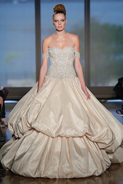 Wedding Dress「Fall 2014 Bridal Collection - Ines Di Santo - Show」:写真・画像(12)[壁紙.com]