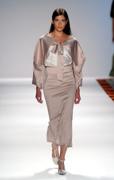Spring Collection「Mercedes-Benz Fashion Week Spring 2012 - Official Coverage - Best of Runway Day 6」:写真・画像(15)[壁紙.com]