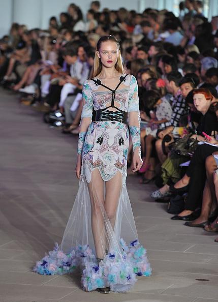 Spring Collection「Prabal Gurung - Runway - Spring 2012 Mercedes-Benz Fashion Week」:写真・画像(5)[壁紙.com]