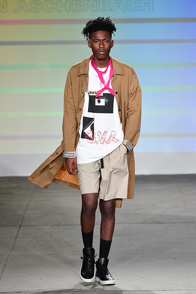 Fully Unbuttoned「Gustav Von Aschenbach - Runway - July 2018 New York City Men's Fashion Week」:写真・画像(15)[壁紙.com]