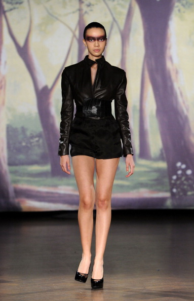 Wide Belt「Kithe Brewster - Runway - Mercedes-Benz Fashion Week Fall 2014」:写真・画像(18)[壁紙.com]
