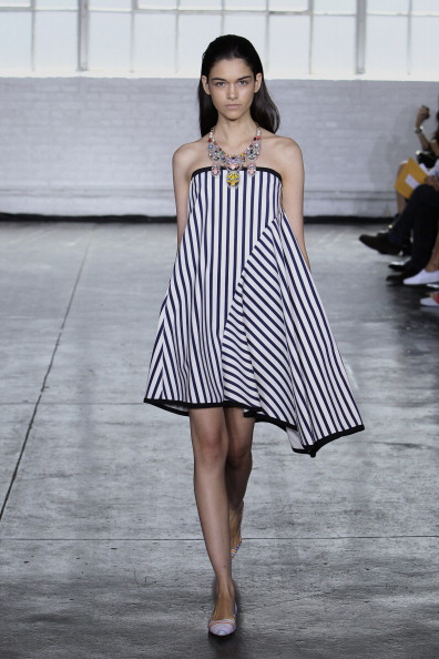 Strapless Dress「Tanya Taylor - Runway - Mercedes-Benz Fashion Week Spring 2014」:写真・画像(4)[壁紙.com]