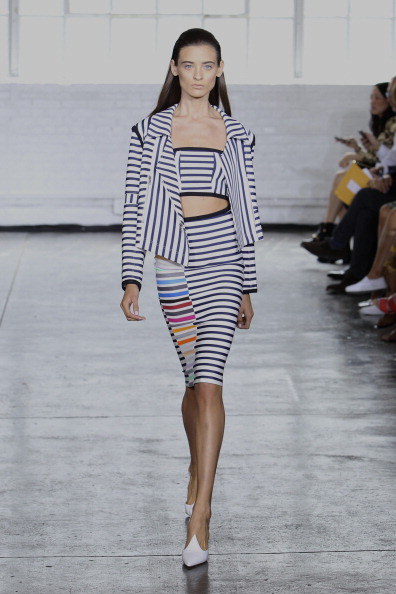 Form Fitted Dress「Tanya Taylor - Runway - Mercedes-Benz Fashion Week Spring 2014」:写真・画像(17)[壁紙.com]