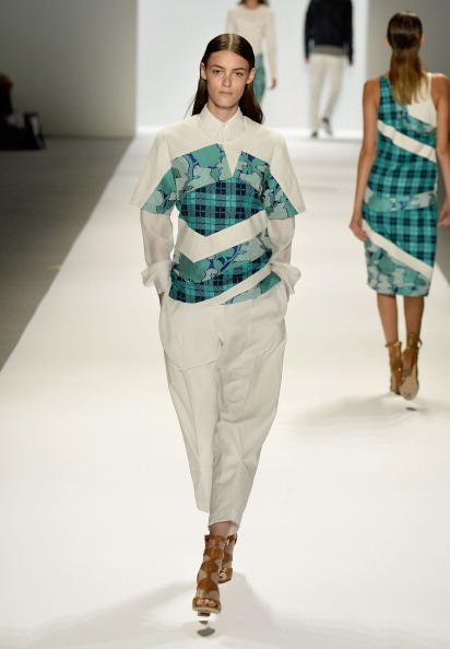 Focus On Foreground「Richard Chai - Runway - Mercedes-Benz Fashion Week Spring 2014」:写真・画像(4)[壁紙.com]
